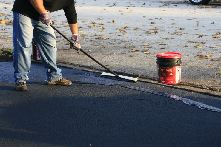 How To Seal Coat A Driveway Ace Tips Amp Advice