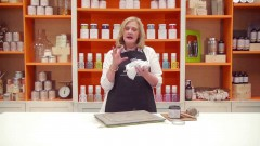 How-to-Use-Chalk-Based-Paint-from-Amy-Howard-at-Home-Ace-Hardware-1