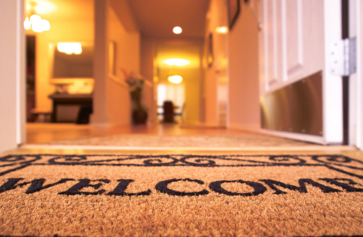 8 Gifts for New Homeowners